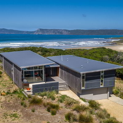 Cloudy Bay Beach House Photo Gallery