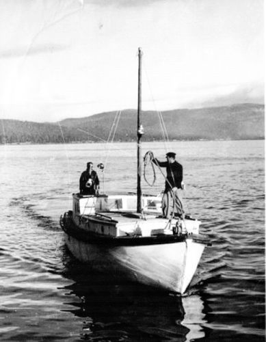 The Passenger Ferry MV Gayclitte, Ken Woolley on right