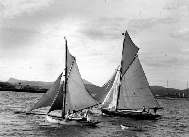 The Volant winning the 1911 Ocean Race