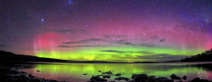 Spectacular green and red hues captured in the southern Aurora Australis in Southern Tasmania