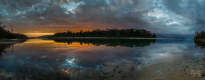 Awesome panoramic view of Cloudy Bay with the lagoon like a mirror of the sky